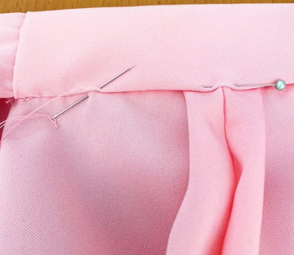 襟の本縫い